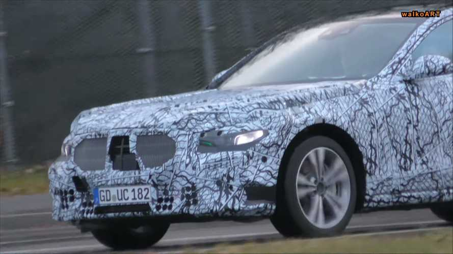 2020 Mercedes S-Class prototype screenshots from spy video
