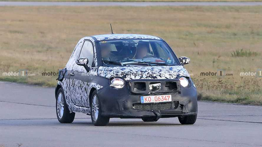 Photos espion - Prototype Fiat 500e