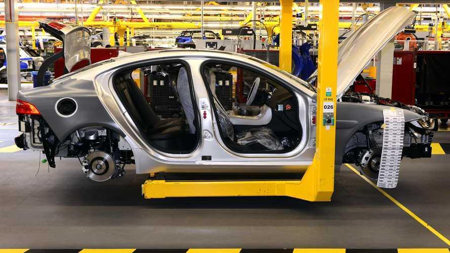 Coronavirus, a rischio 14 milioni di posti di lavoro nel settore auto