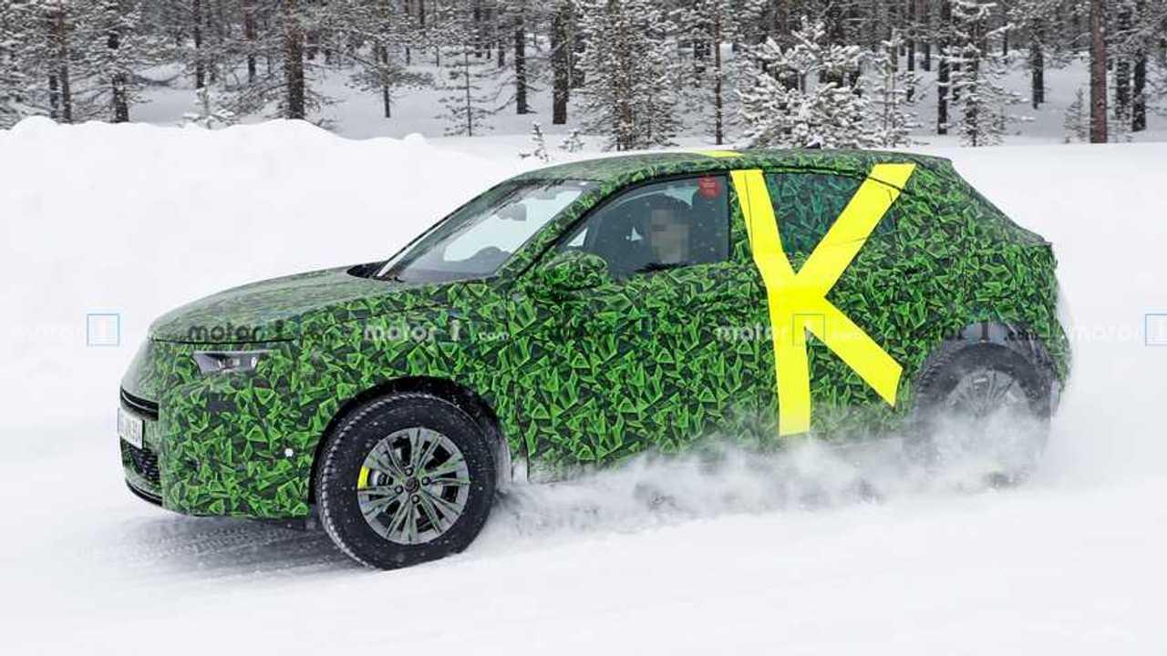 Opel Mokka X 2020, fotos espía