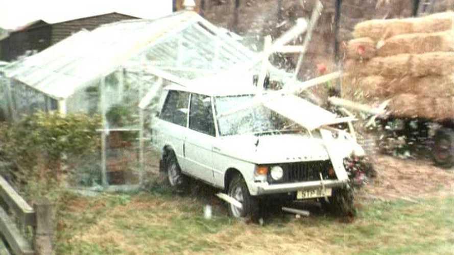 Classic Cars on Film: Range Rover vs Jaguar in Callan