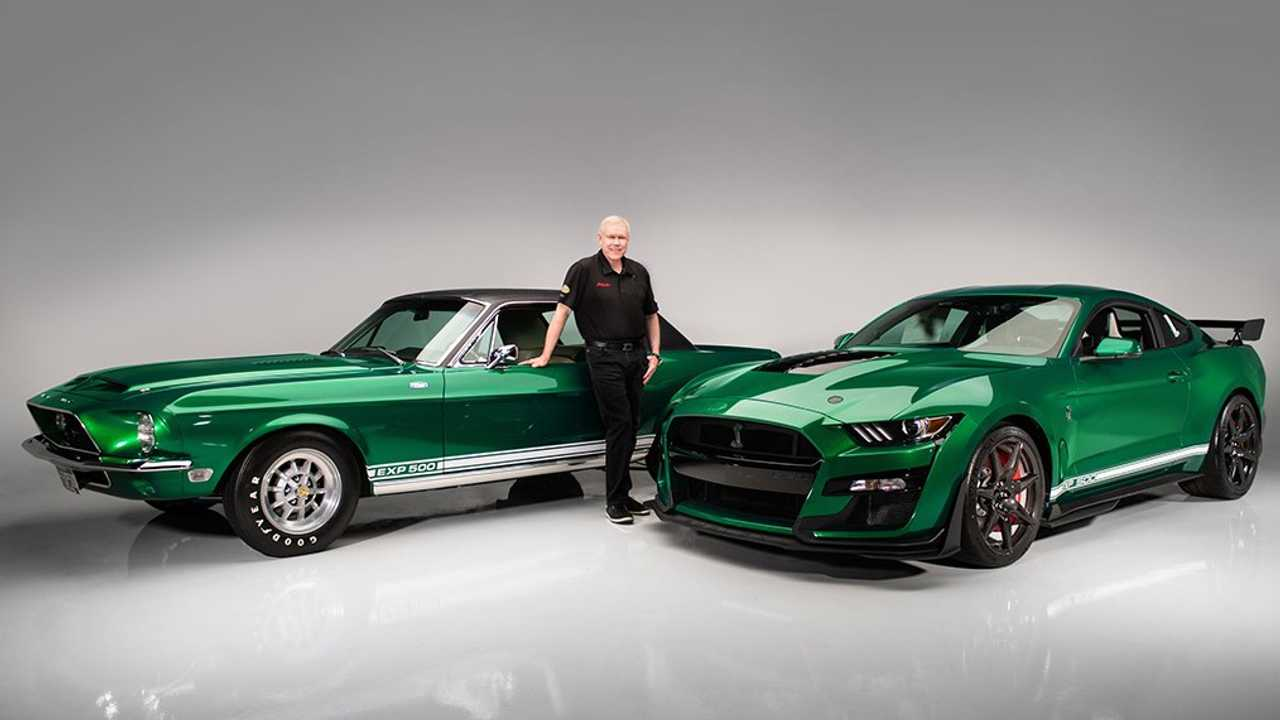 Primer Ford Mustang Shelby GT500 2020
