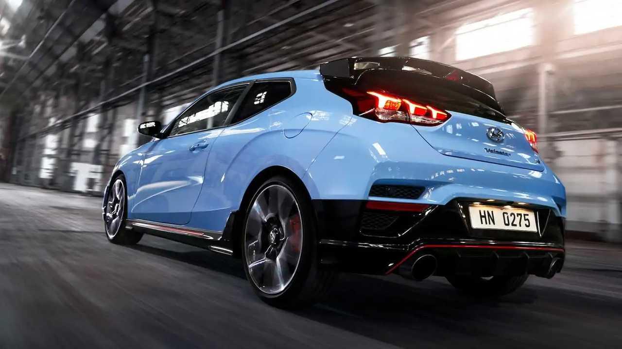 Hyundai Veloster останется только в виде спорткара