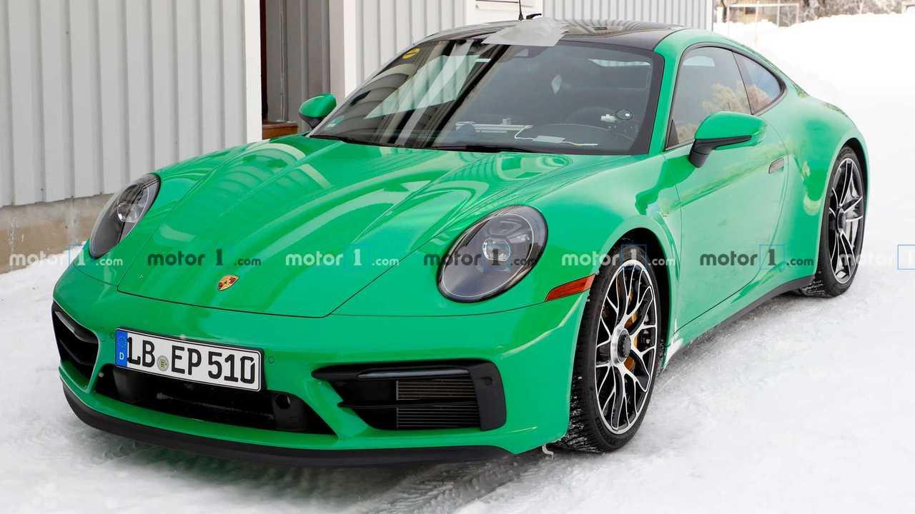 Porsche 911 GTS Spy Photos