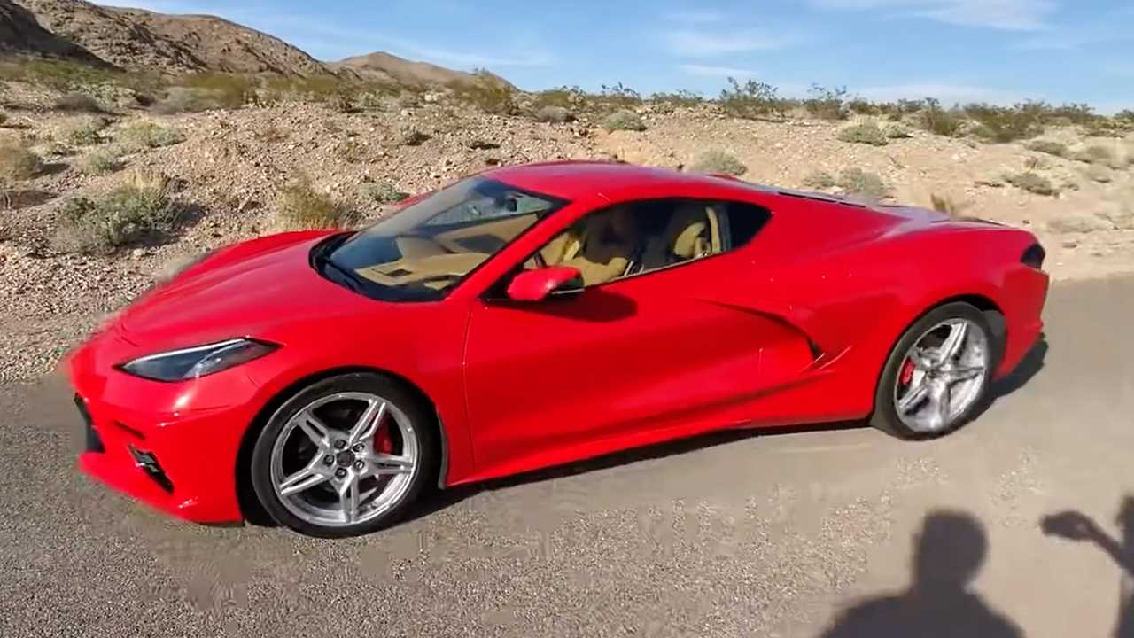 See The Mid-Engined Corvette C8 Do 0 To 60 MPH in 3.3 Seconds