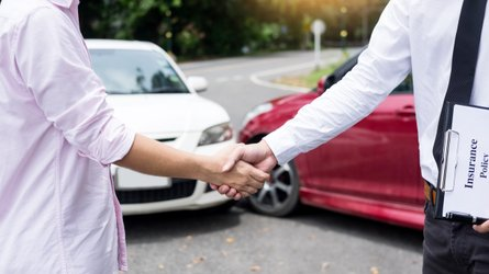 The 5 Best And Cheapest Car Insurance Providers (2021)