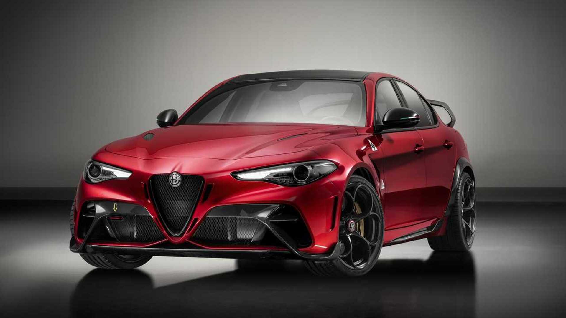 Alfa Romeo Giulia Gta Gtam Debut As Lightweight 533 Hp Sedans