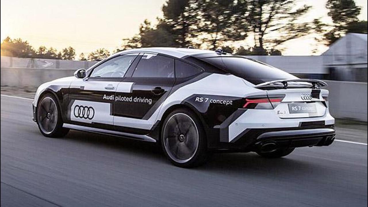 [Copertina] - Audi RS 7 piloted driving, da sola in pista a Barcellona