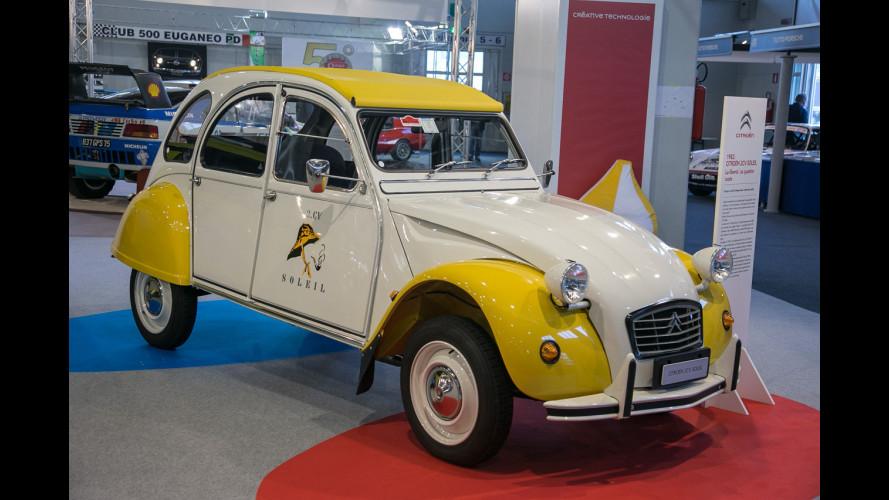 Auto e Moto d'Epoca, Citroen porta la Due Cavalli Soleil [VIDEO]