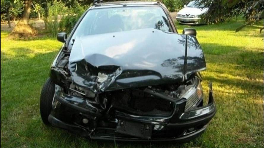 [Copertina] - Incidente in auto, la scelta del carrozziere è libera