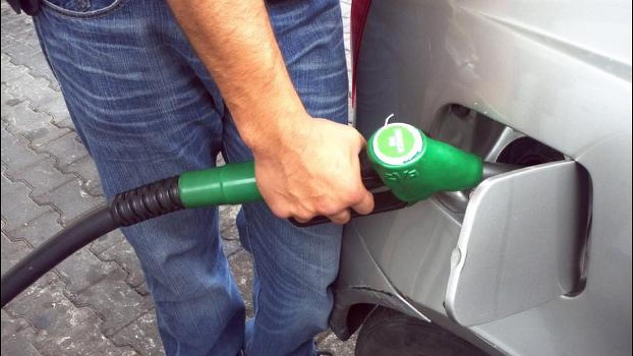 [Copertina] - Sciopero benzinai, mica tanto: 2 su 3 sono aperti