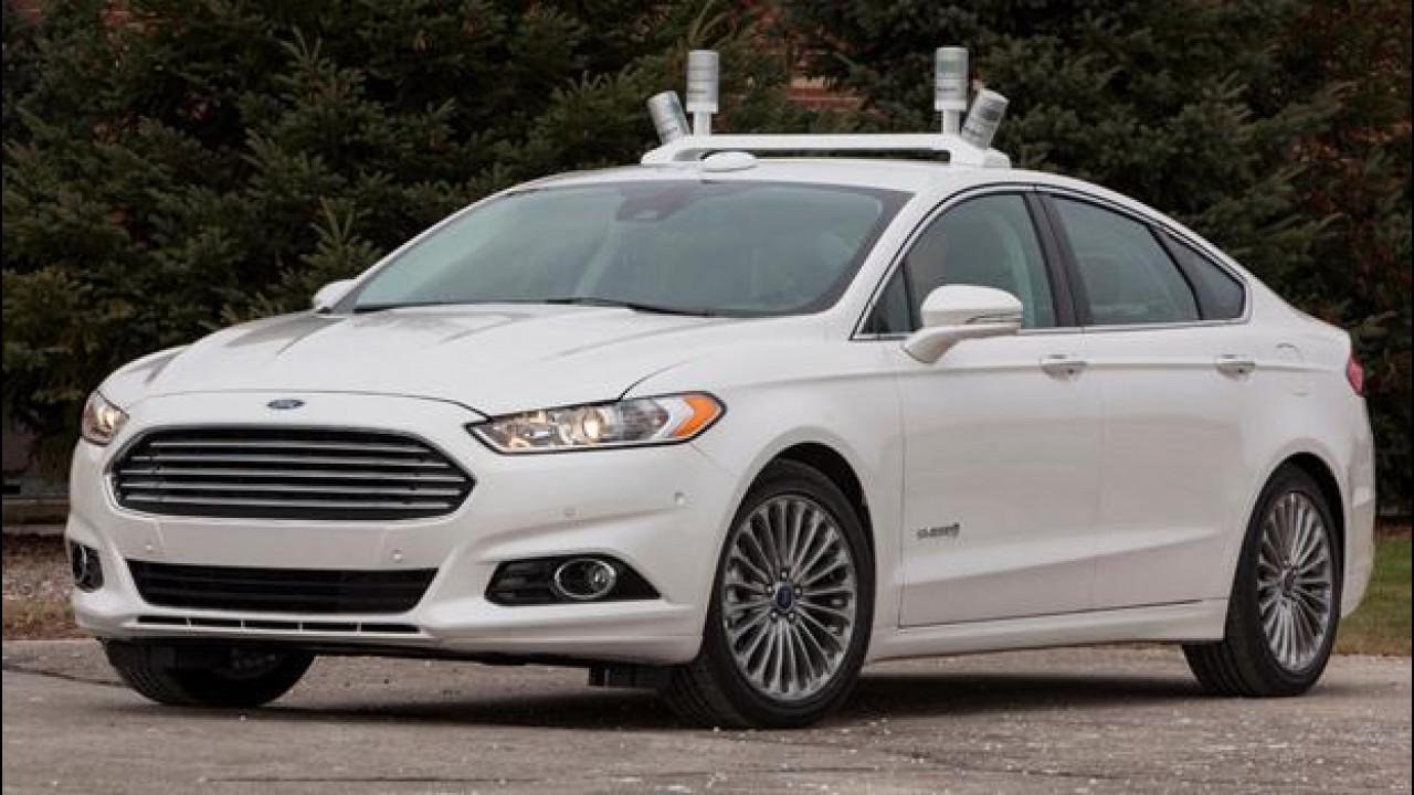 [Copertina] - Guida autonoma, Ford triplica la flotta di prototipi