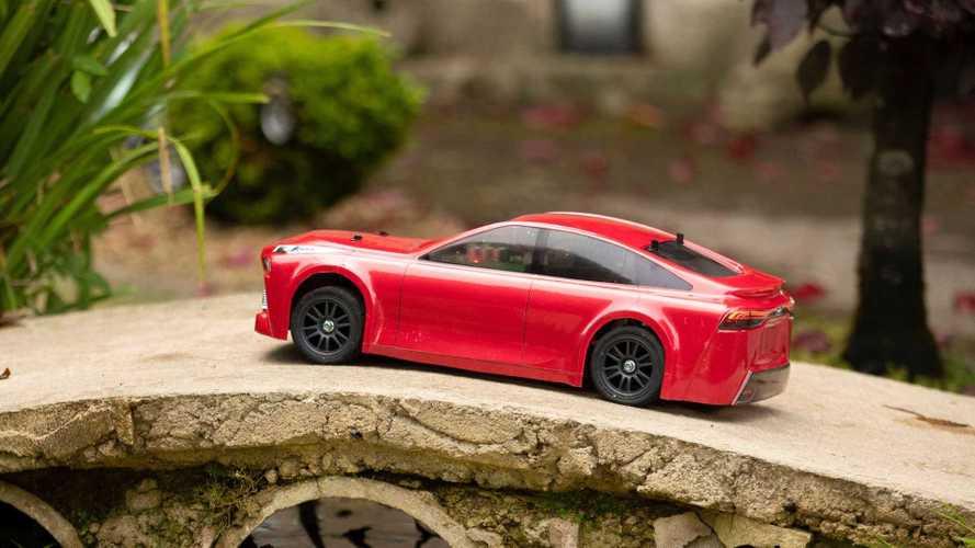 Toyota Mirai Hydrogen-Powered Scale RC Car