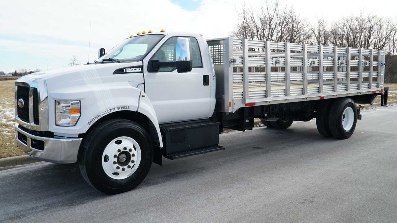 Roush CleanTech All-Electric Ford F-650 Demo Stakebed Truck 1