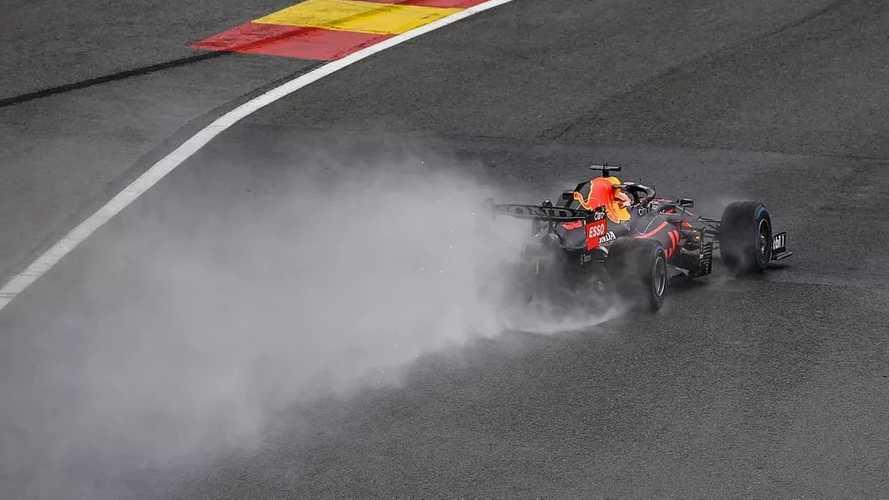 Verstappen se lleva una pole de locura en Bélgica con Russell 2º