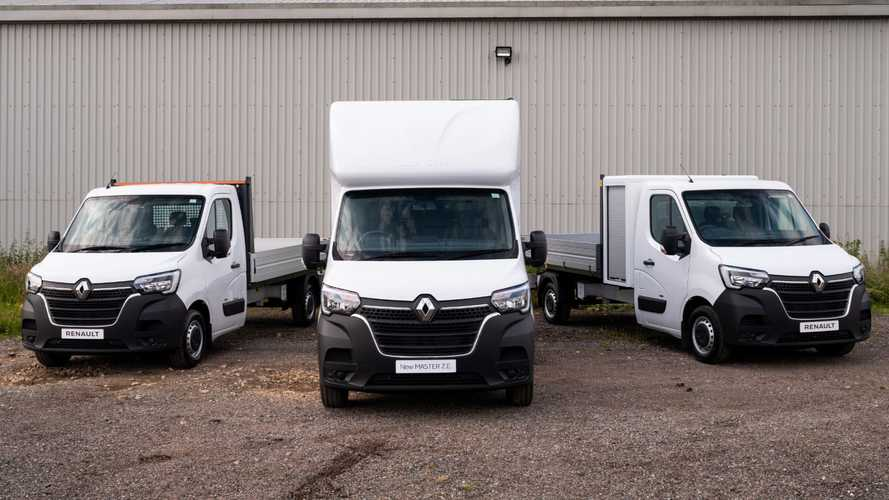 UK: Renault adds new body conversions for electric Master E-Tech van