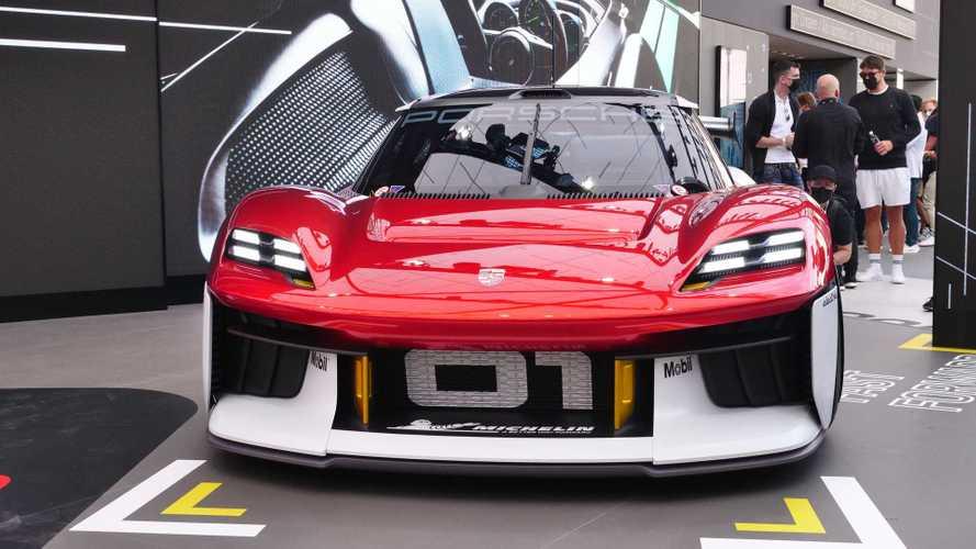 Le foto della Porsche Mission R al Salone di Monaco 2021