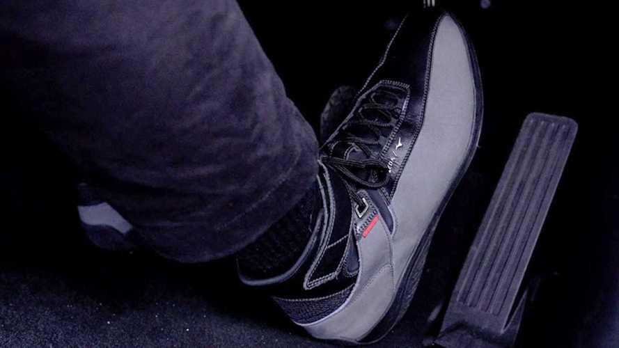Le scarpe Mazda in collaborazione con Mizuno