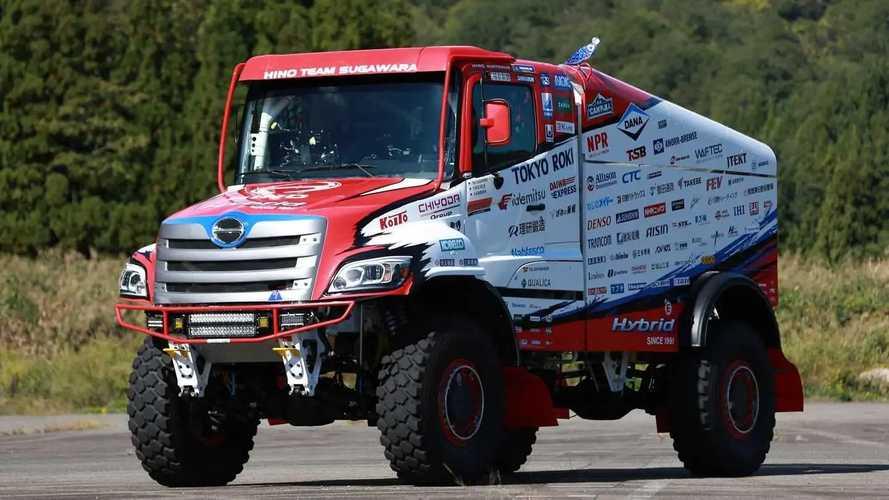 Tangguhnya Truk Hino Dakar, Pakai Mesin Toyota Land Cruiser 2022