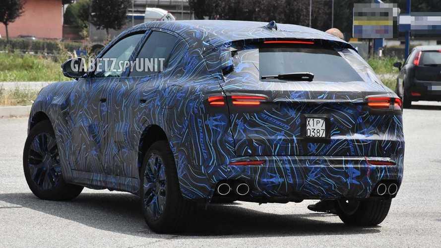 Le Maserati Grecale montre une partie de son habitacle