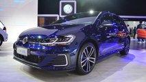 Volkswagen Golf GTE, Passat GTE e e-Golf - Salão de SP 2018