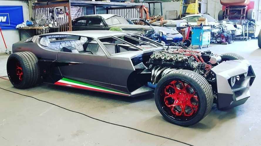 Ilyen formában még nem láttál Lamborghini Espadát