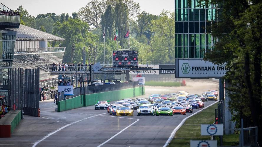 VIDEO – L'énorme carambolage au départ de la Blancpain GT Endurance Cup à Monza