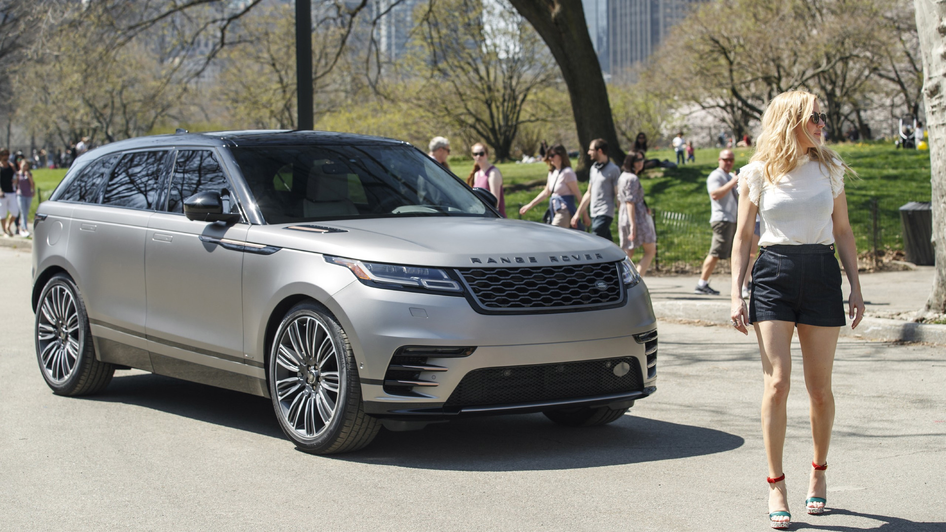 Range Rover Usa >> Range Rover Velar Makes U S Debut With Help From Ellie Goulding