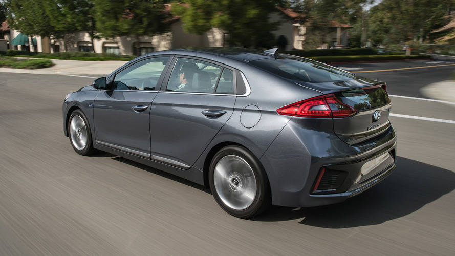 2017 Hyundai Ioniq First Drive Gauntlet Thrown