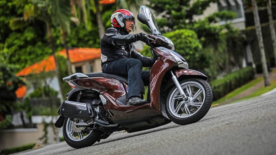 Honda SH300i ganha nova cor e mantém preço na linha 2018