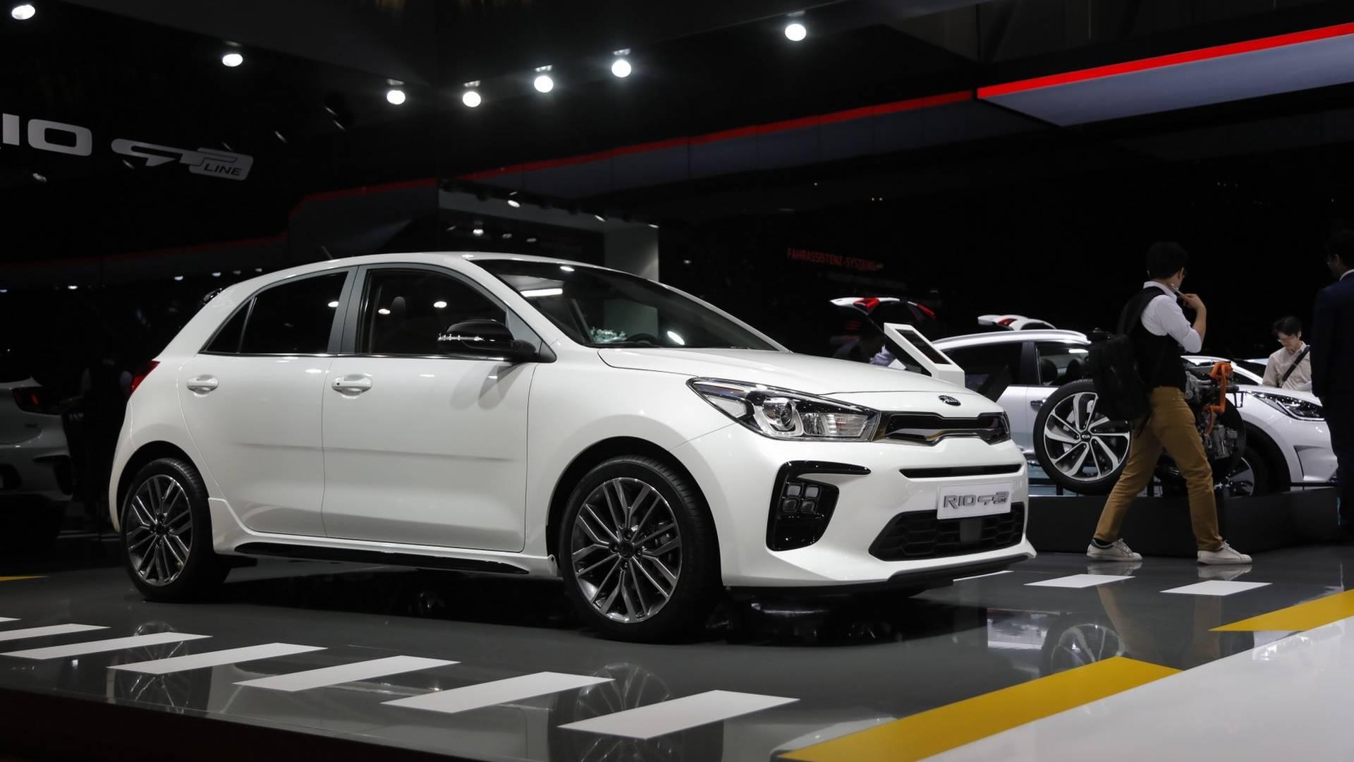 Kia Rio Gt Line At The 2018 Geneva Motor Show Motor1 Com Photos