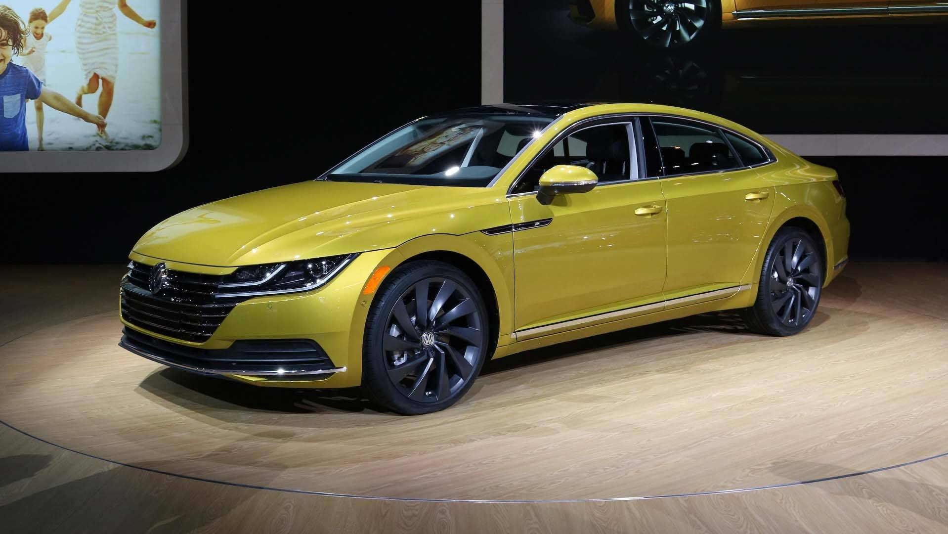 VW Arteon Usa >> 2019 Volkswagen Arteon Brings Its Swooping Roofline To Chicago