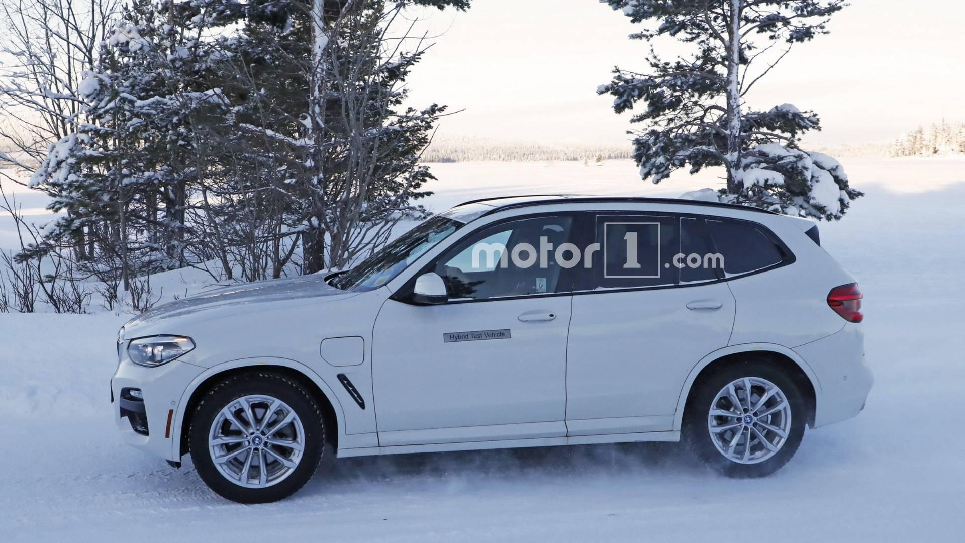 2016 - [BMW] X3 [G01] - Page 11 2019-bmw-x3-plug-in-hybrid-spy-photo