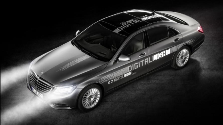 [Copertina] - Mercedes, i fari Digital Light segnalano anche la direzione