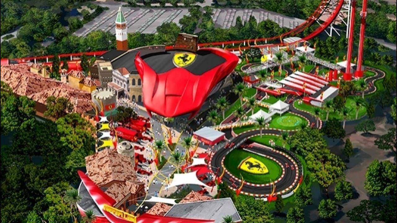 [Copertina] - Ferrari Land, incendio nel parco spagnolo in costruzione