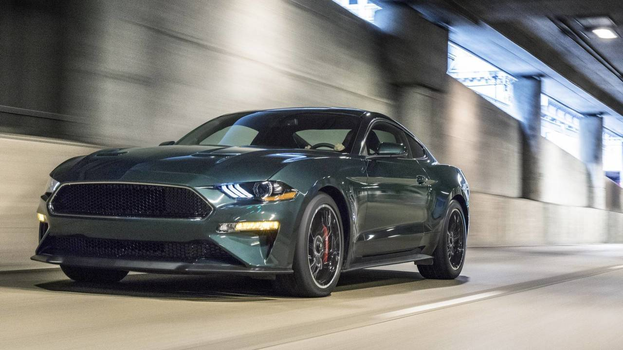 ford mustang bullitt price goes up while pony car sales go. Black Bedroom Furniture Sets. Home Design Ideas