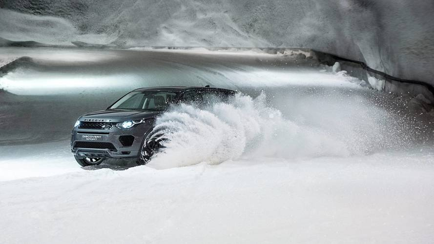 Husky race is snow problem for Land Rover Discovery Sport