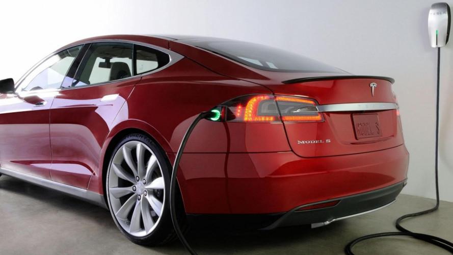 Tesla, al via l'installazione delle colonnine a casa