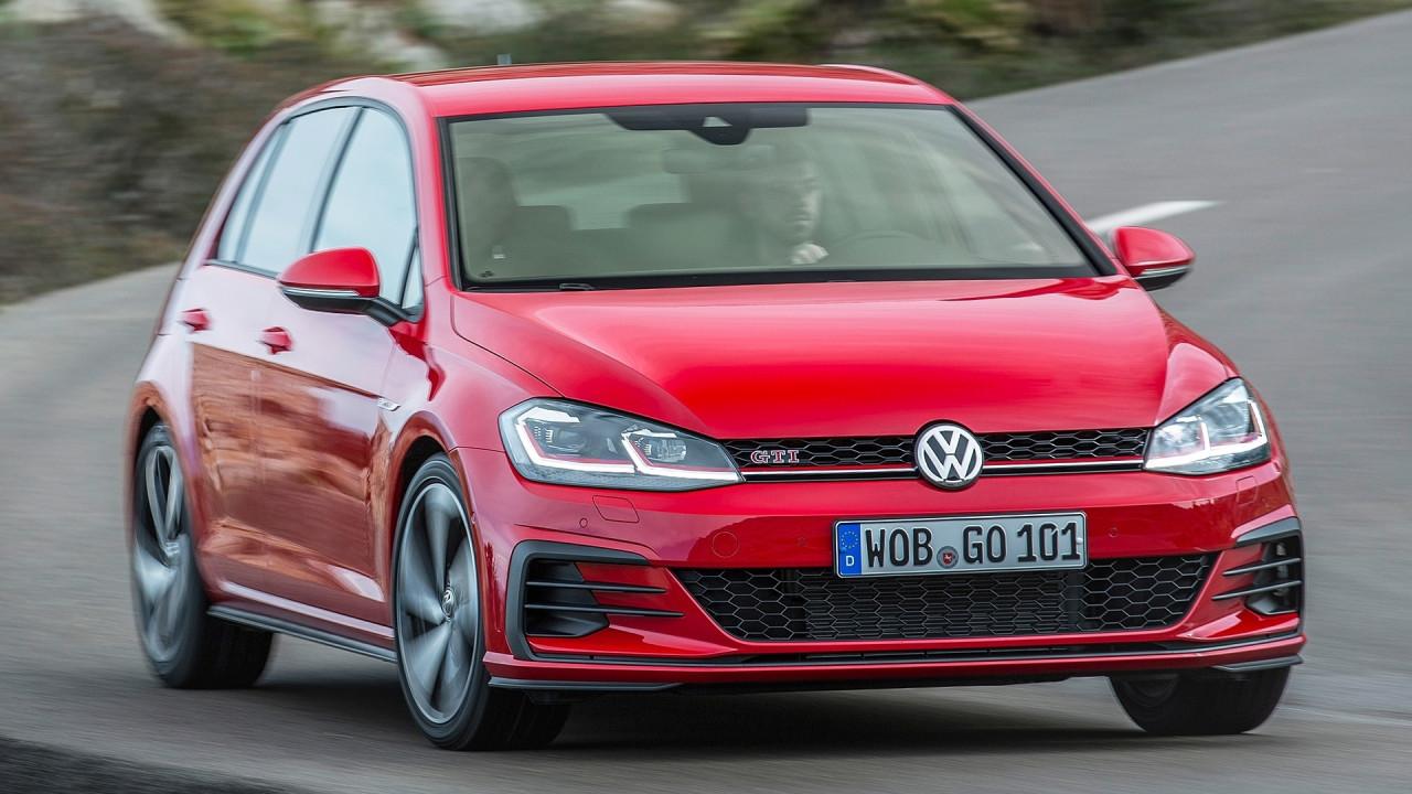 [Copertina] - Volkswagen Golf GTI, mega raduno a Wolfsburg