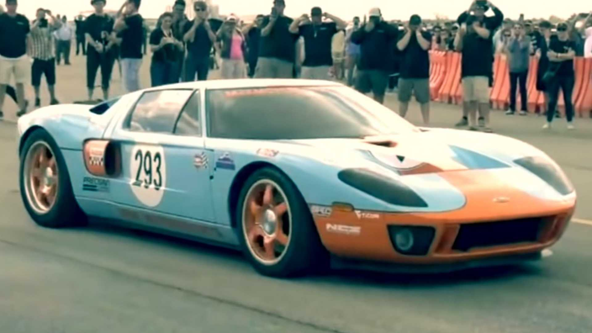 Watch Ford GT Hit 300.4 MPH And Make History [UPDATE]