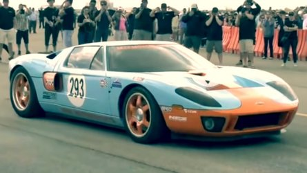 Watch Ford GT Hit 300.4 MPH And Make History