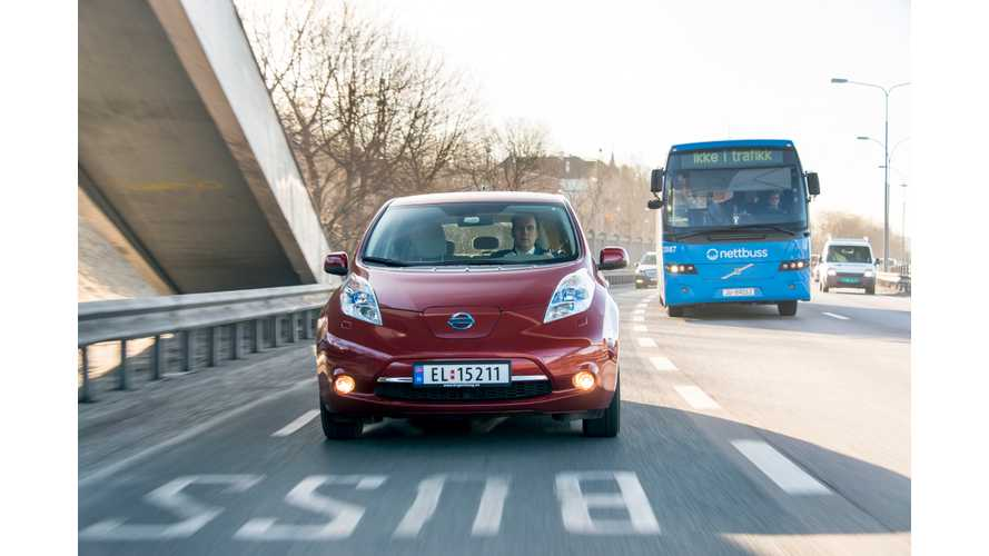 In Norway, Buses Delayed By Electric Vehicles Clogging Bus Lanes