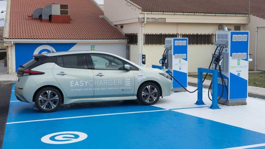 Nissan y Easycharger comienzan a instalar su red pública de recarga