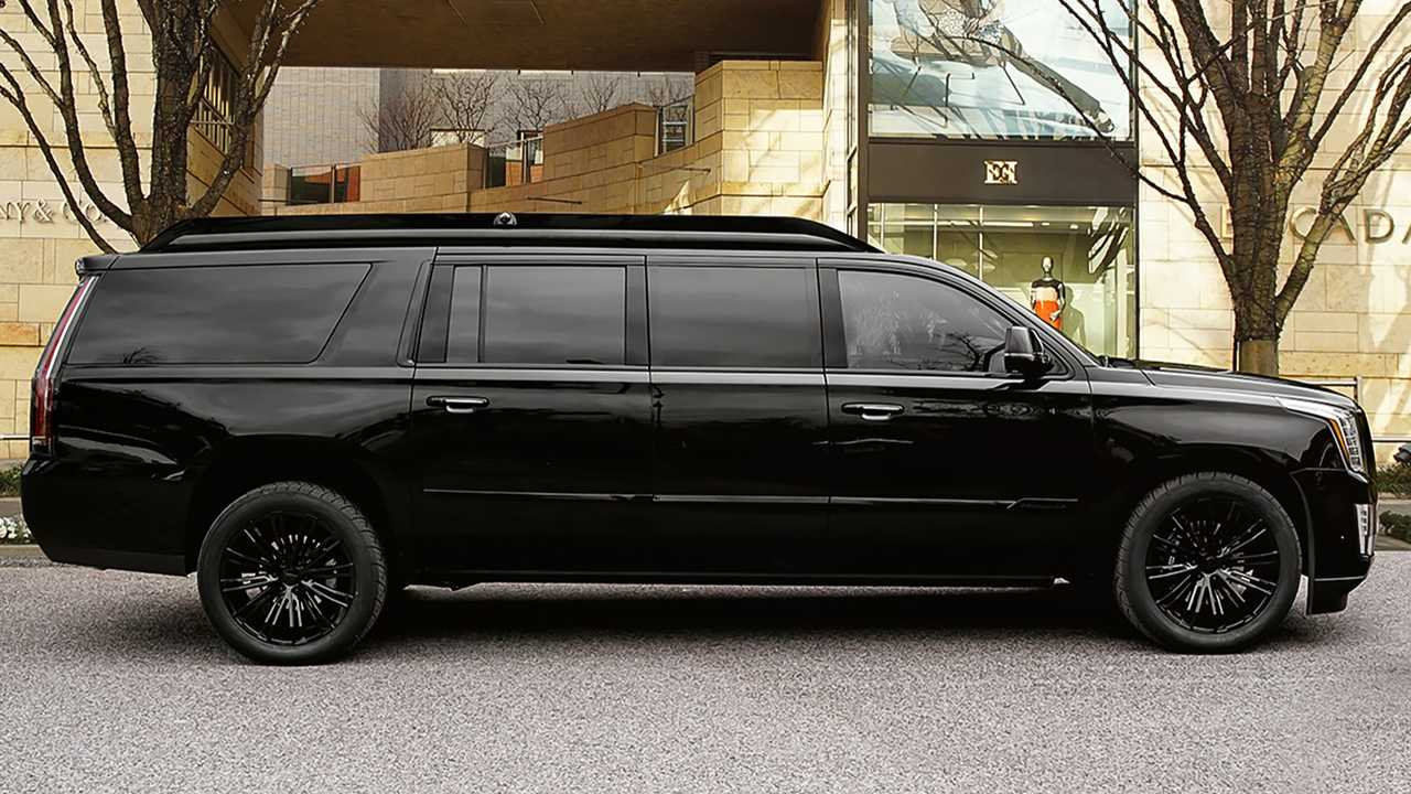 18-feet Luxury Lexani Cadillac Escalade Viceroy Edition