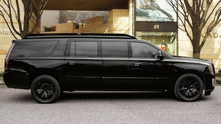 Lexani Cadillac Escalade Viceroy Edition Is 18 Feet Of Luxury