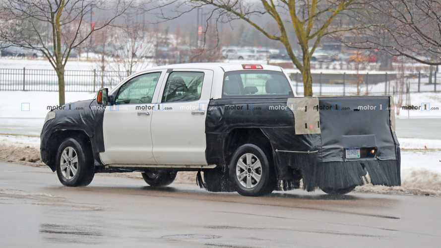 2020 Toyota Tundra Spy Photo | Motor1.com Photos