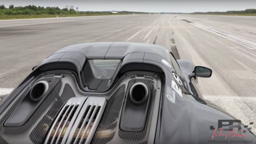 Rain Won't Stop This Porsche 918 Spyder From Hitting 207 MPH