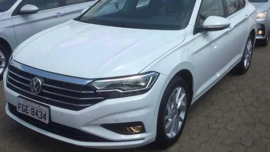 """Flagra: Este é o novo VW Jetta Comfortline """"brasileiro"""""""
