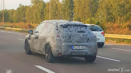 2019 Renault Clio Spied By Motor1.com Reader