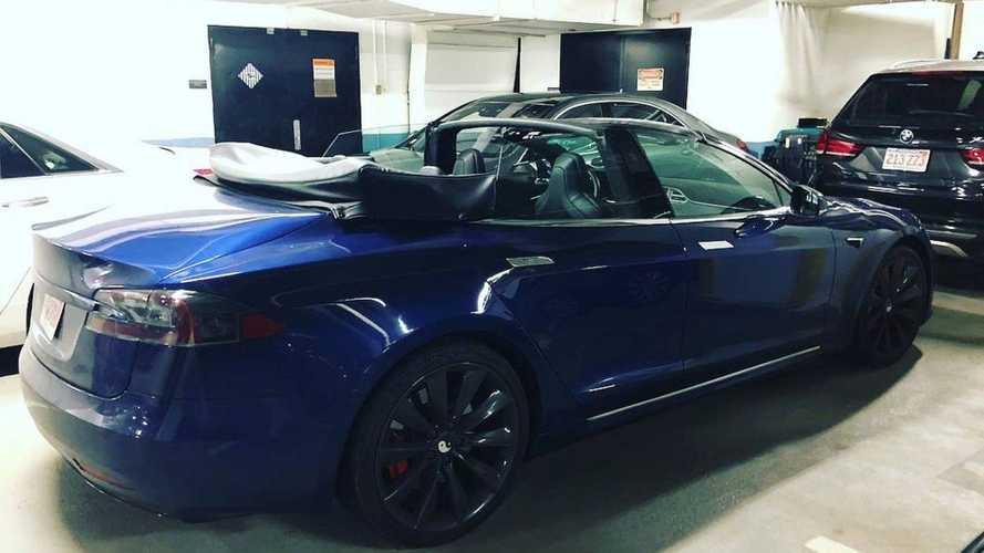 Valaki kabriót épített a Tesla Model S-ből